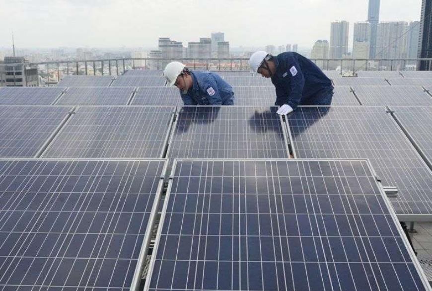 EVNHCMC: Hoàn thành 16 công trình điện mặt trời lắp mái nối lưới